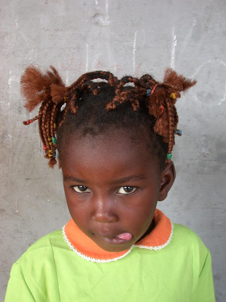 Congo Brazzaville, antenna hairdress, 2005