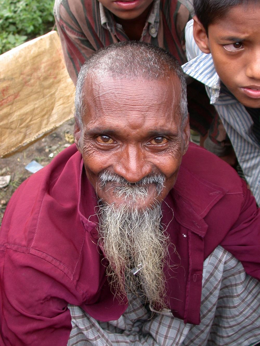 Bangladesh, 2002,  streetbarber