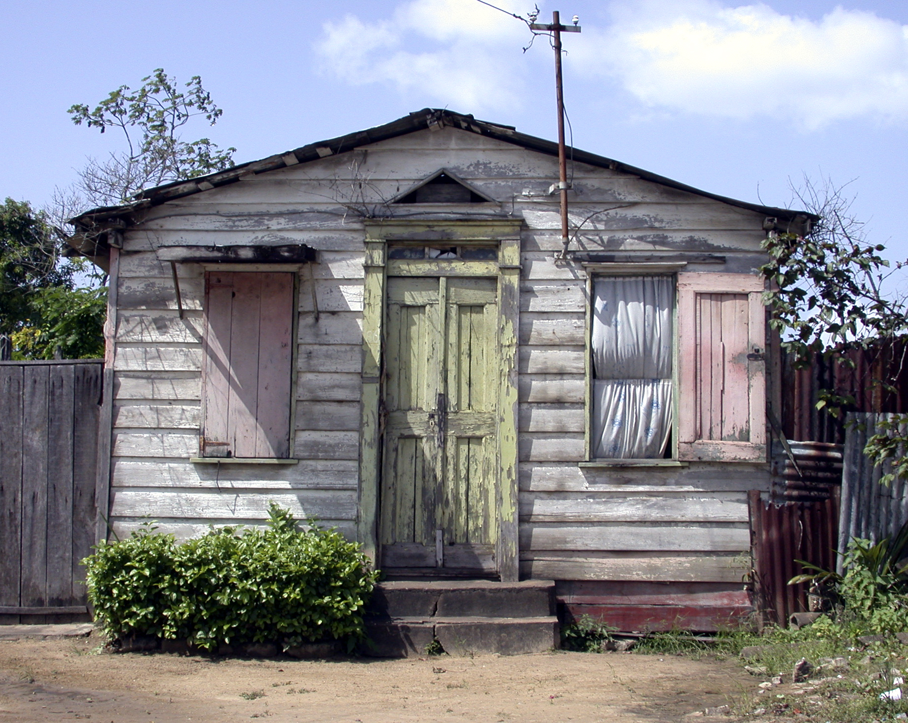 Suriname,huis1,2002