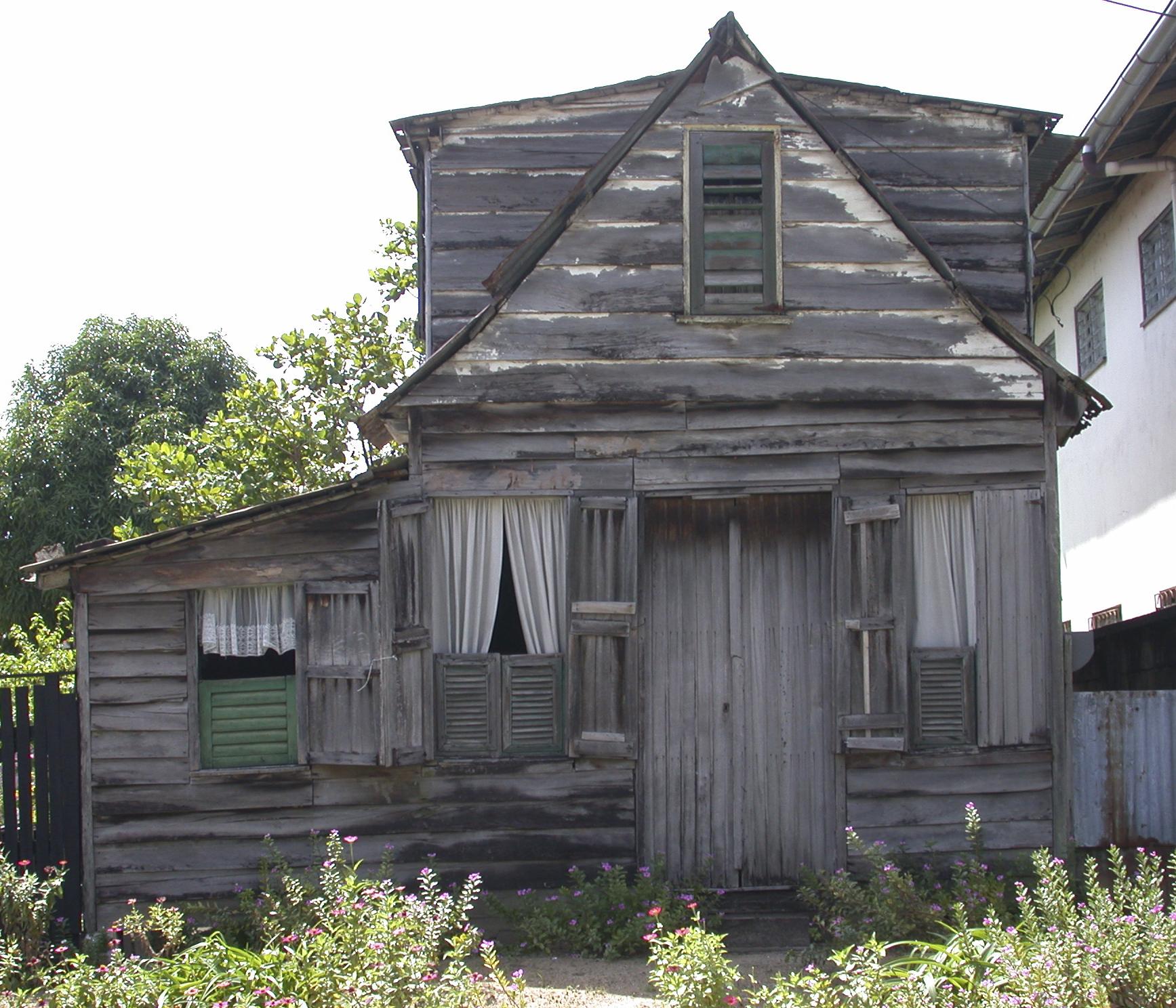 Suriname,huis3,2002